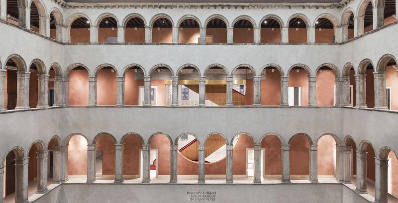 La ristrutturazione del Fondaco dei Tedeschi a Venezia 03